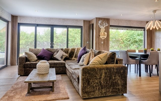 KP Boutique Lodges, Kilnwick Percy, Pocklington, Yorkshire - Living Room
