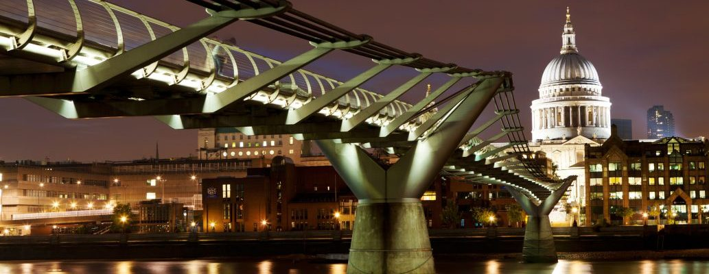 Explore one of the UK's fabulous cities with a B&B break or self-catering holiday