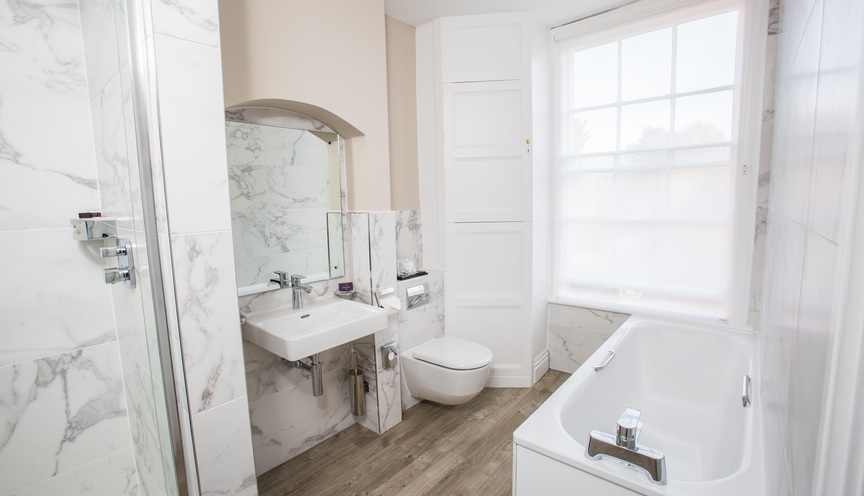 Bespoke luxury bathroom with indulgent spa toiletries
