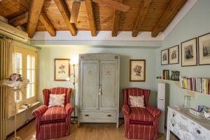The delightful interiors of the Rosa Mundi suite